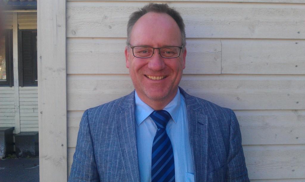 Tom Halland Kristiansen er sjåfør og daglig leder i Fjordhesten AS.